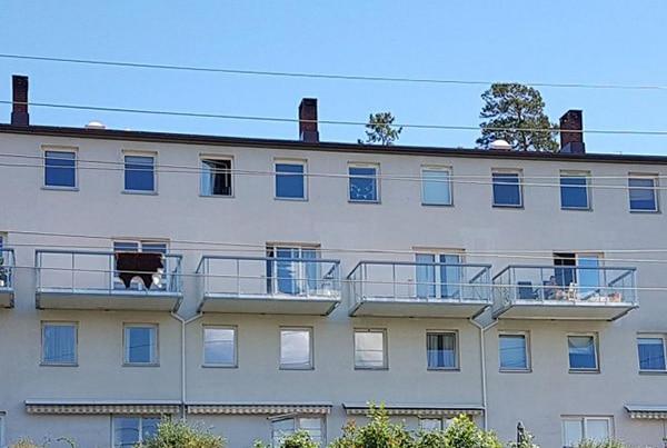 Eikskollen 7, bygging av 6 balkonger og montering av rekkverk