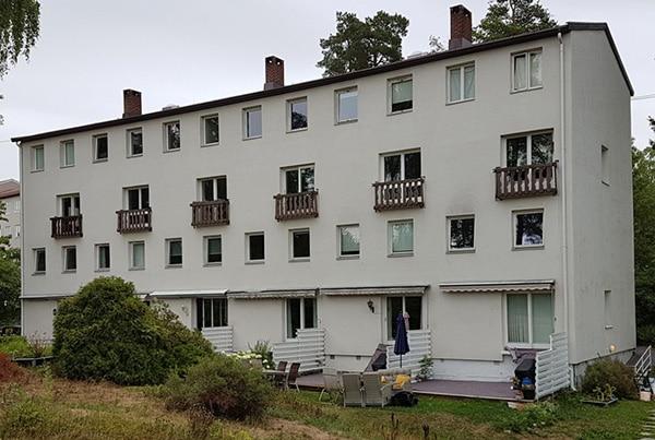 Eikskollen 11, bygging av 6 balkonger og montering av rekkverk