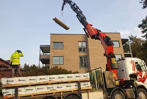Demontering av gammel terrasse, bygging av helt ny takterrasse